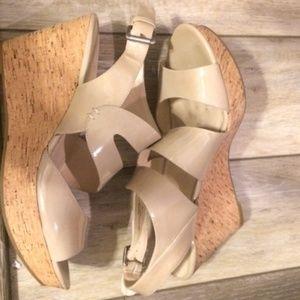 NINE WEST Neutral Cork Wedge Patent Sandals Sz 11